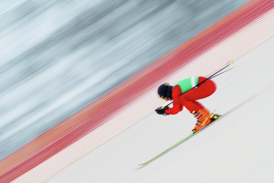 Downhill Ski Racer Speeding Down Photograph by David Madison