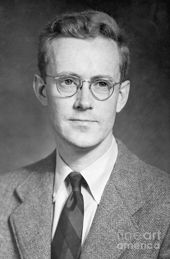 Dr. Edward Purcell Photograph by Bettmann