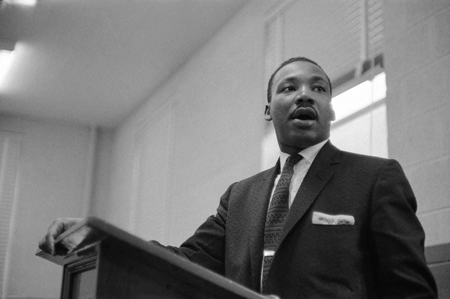 Dr. King Addresses Meeting Photograph by Robert W. Kelley