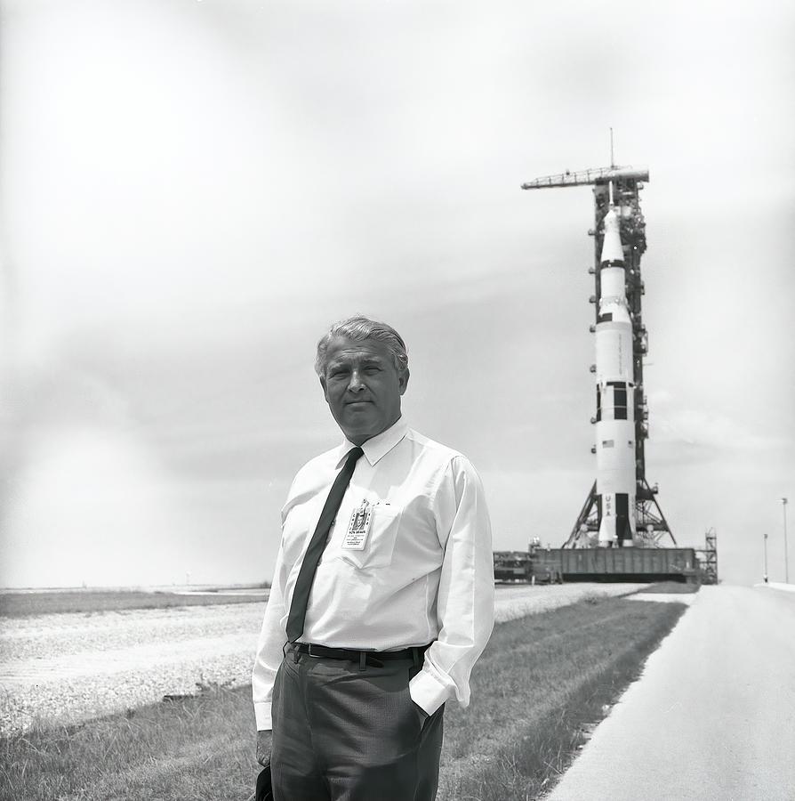 Dr Wernher Von Braun