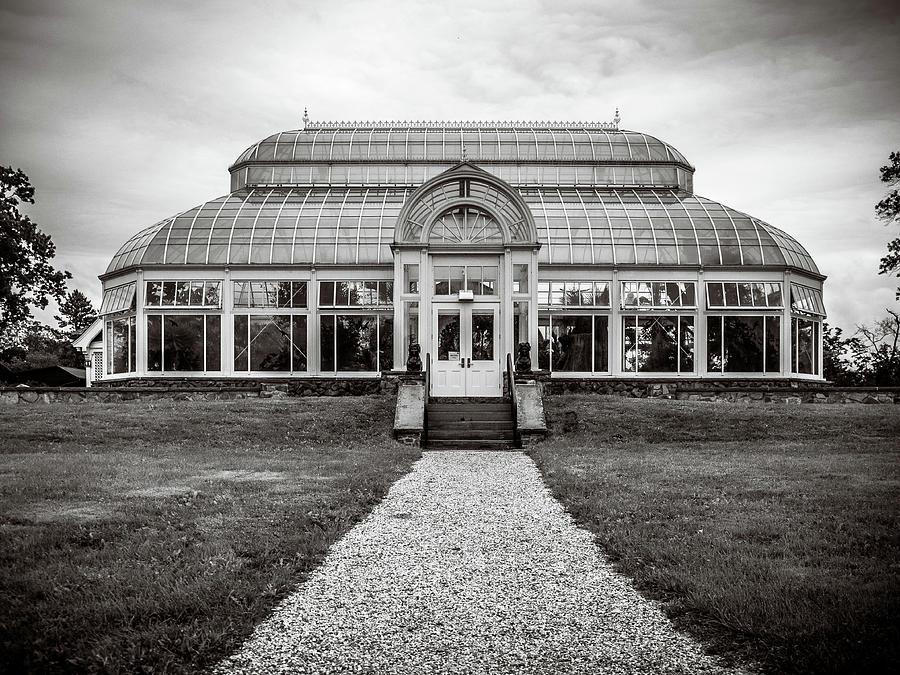 Duke Farms Photograph - Duke Farms Conservatory by Steve Stanger