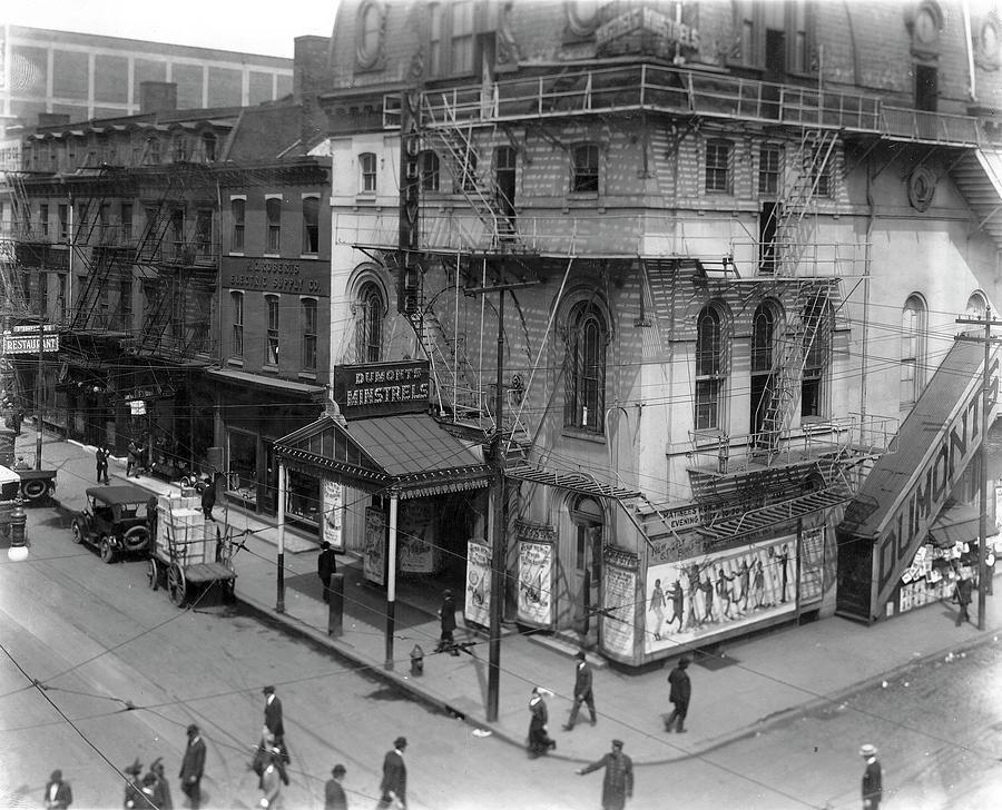 Dumont's Theatre by Irvin R Glazer