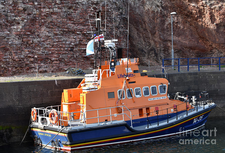 Dunbar Lifeboat by Yvonne Johnstone