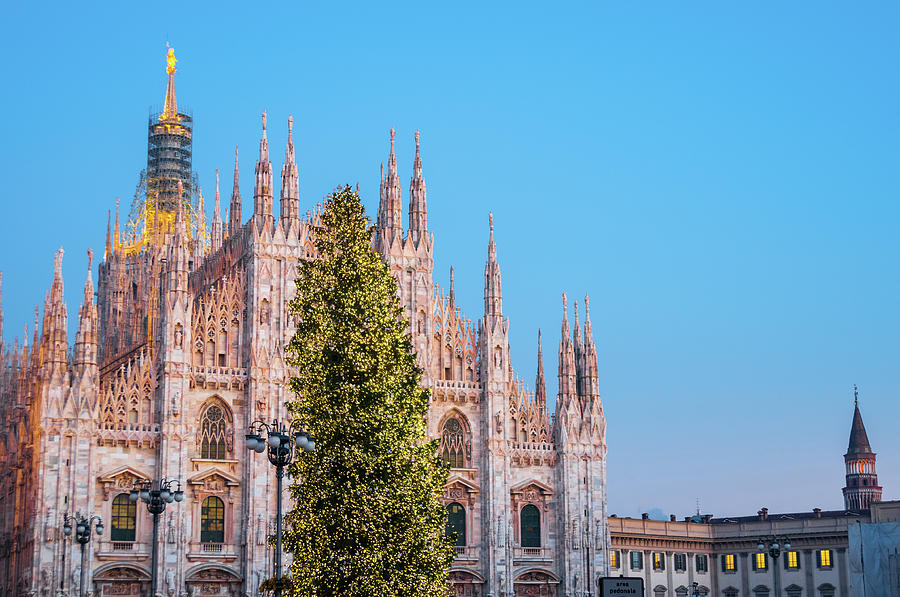 Duomo Di Milano At Christmas Photograph by Mmac72