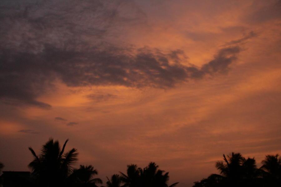 Dusk @ Bangalore Photograph by Ravinder Mandayam