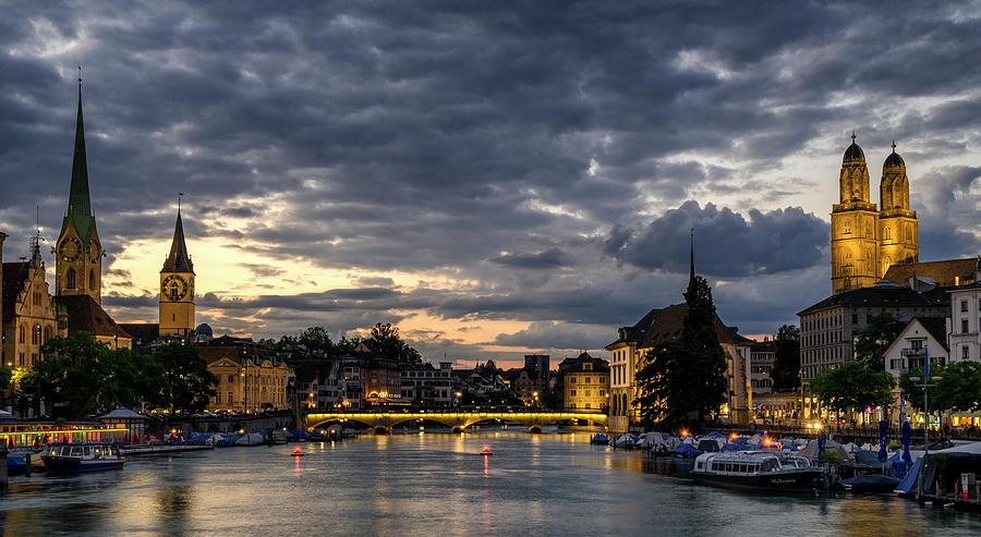 Dusk at Zurich by Pablo Lopez
