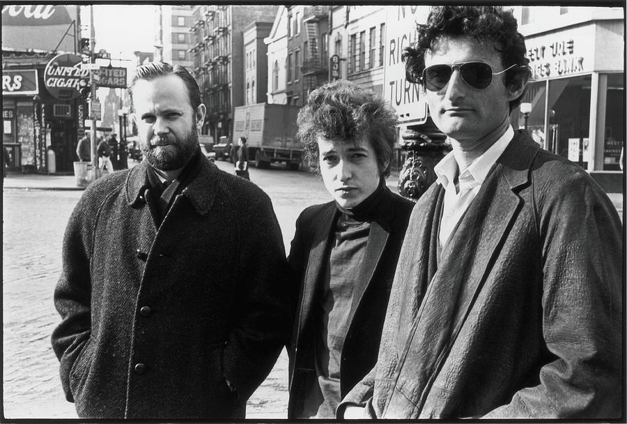 Dylan & Others In Sheridan Square Photograph by Fred W. McDarrah