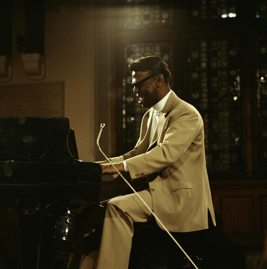 Earl Hines On Stage Photograph by David Redfern