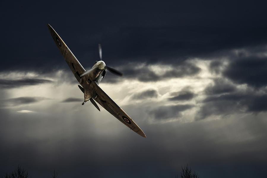 Early Morning Low Pass by Philip Rispin