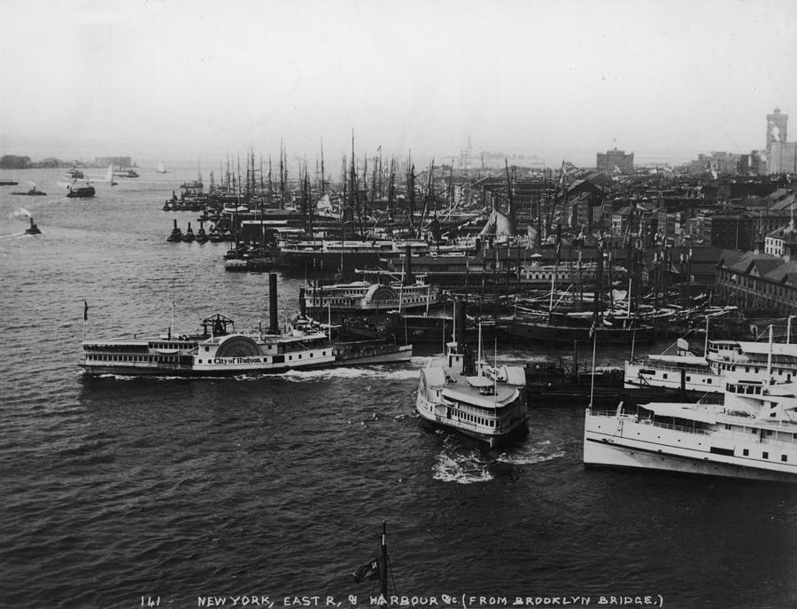 East River Harbour Photograph by P. L. Sperr