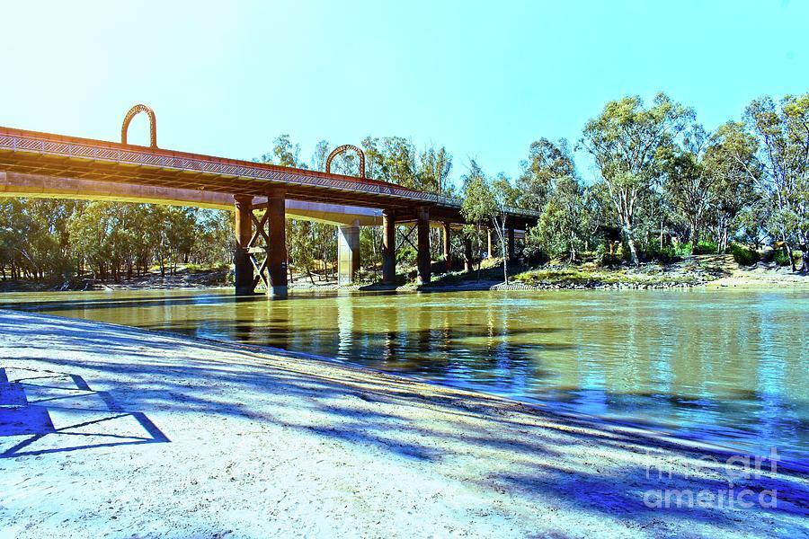 Echuca- Moama Bridge  by Graham Buffinton