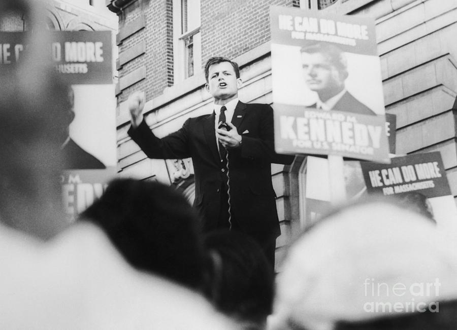 Edward Kennedy Talking To Supporters Photograph by Bettmann