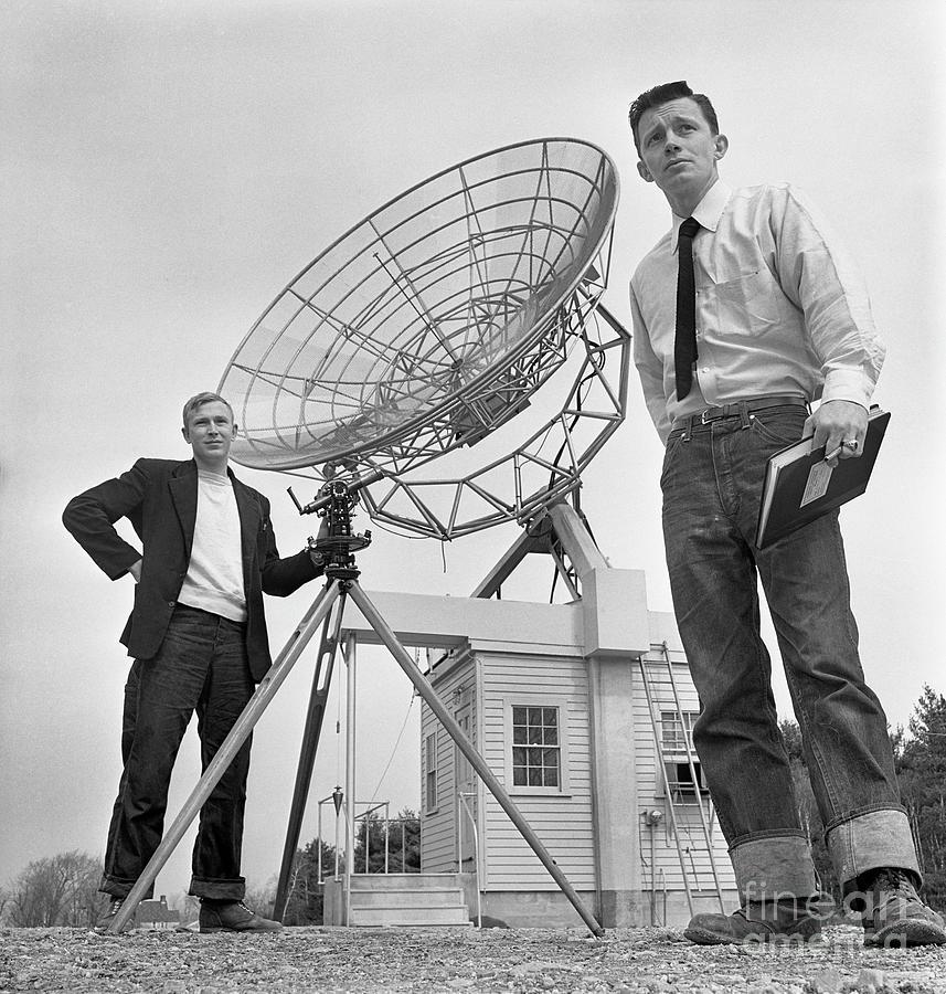 Edward Lilley And David S. Heeschen Photograph by Bettmann
