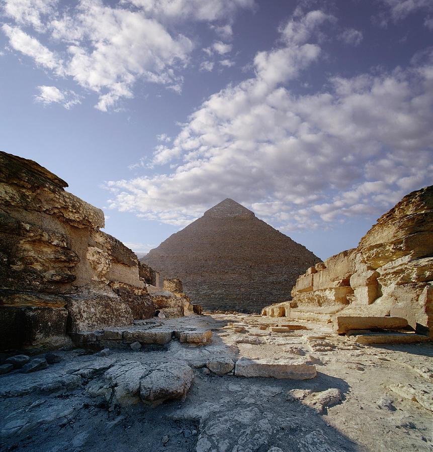 Egypt, Giza, Pyramid Of Khafre Digital Photograph by Ed Freeman