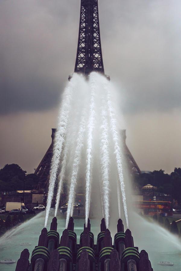 Eiffel Tower fand fountain in Paris, France by Eduardo Huelin