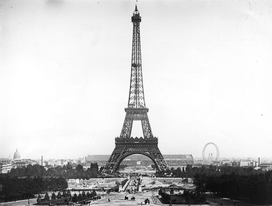 Eiffel Tower Photograph by Hulton Archive