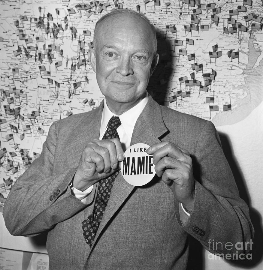 Eisenhower With Button I Like Mamie Photograph by Bettmann
