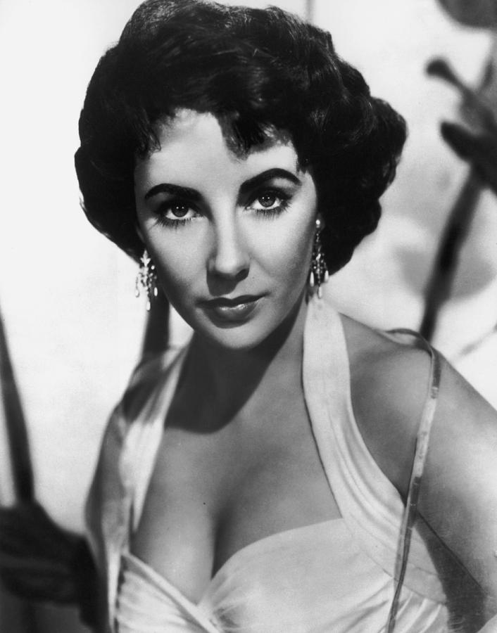 Elizabeth Taylor Photograph by American Stock Archive
