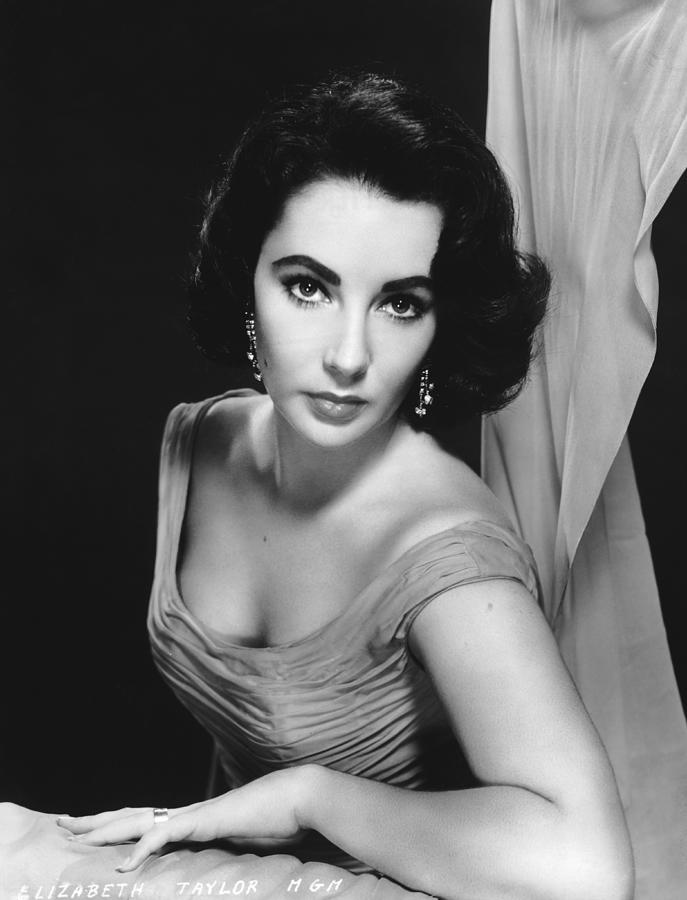 Elizabeth Taylor Photograph by Archive Photos