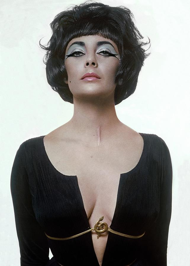 Elizabeth Taylor As Cleopatra Photograph by Bert Stern