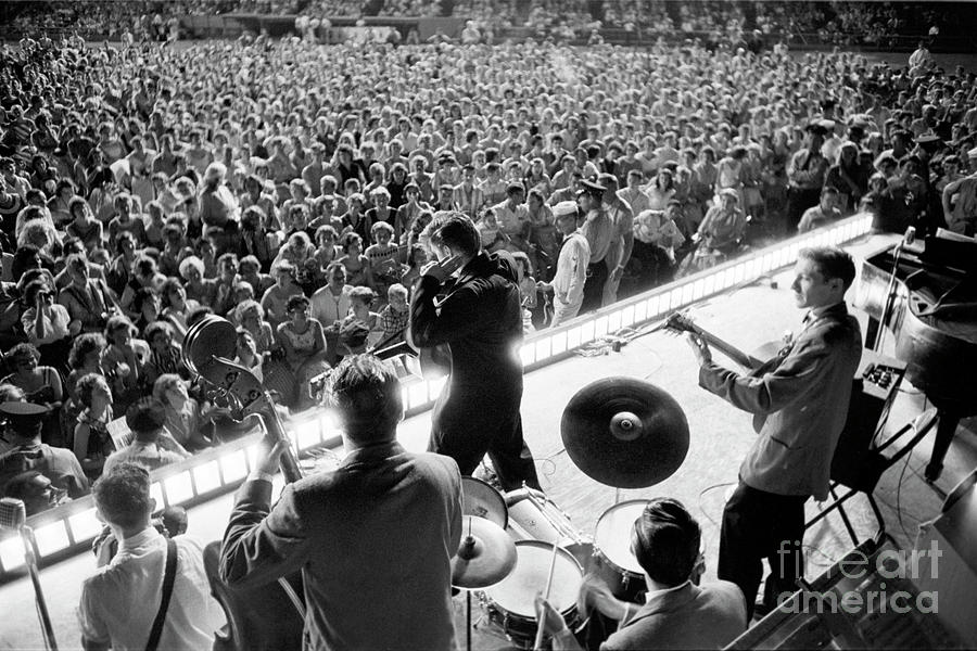 Elvis At Russwood Park Photograph by Alfred Wertheimer