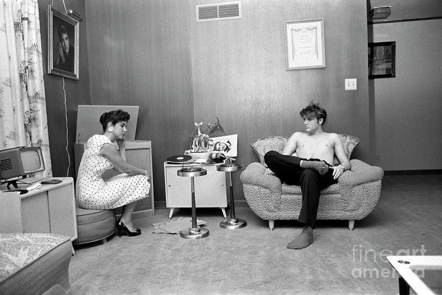 Elvis & Barbara Listen To Records Photograph by Alfred Wertheimer