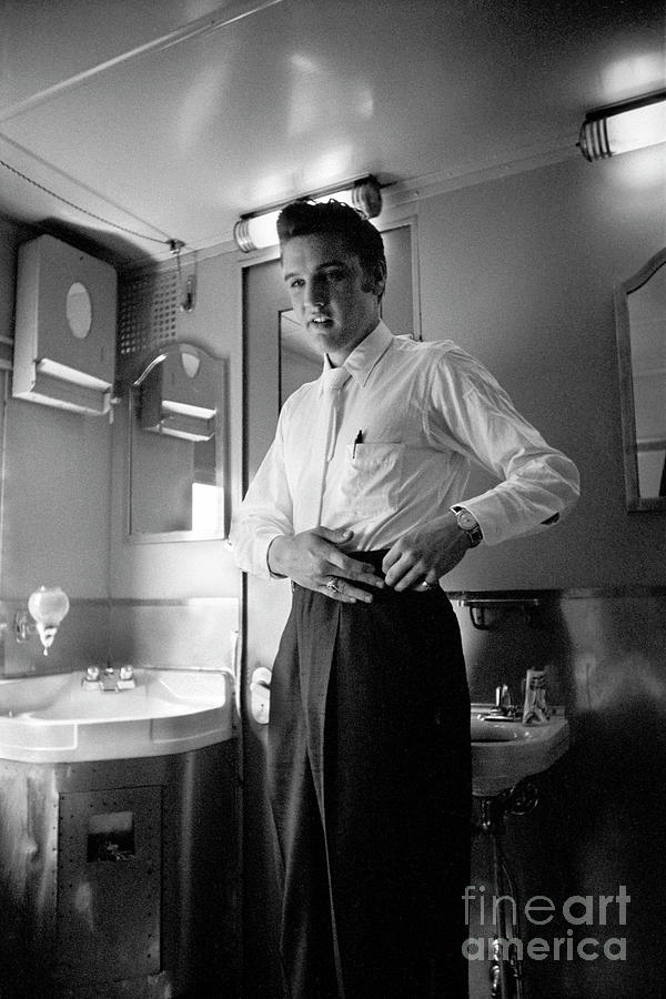 Elvis On The Train Home Photograph by Alfred Wertheimer