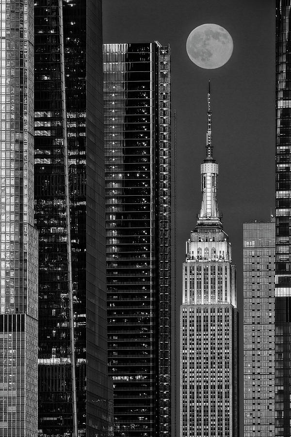 Empire State Building NYC  BW by Susan Candelario