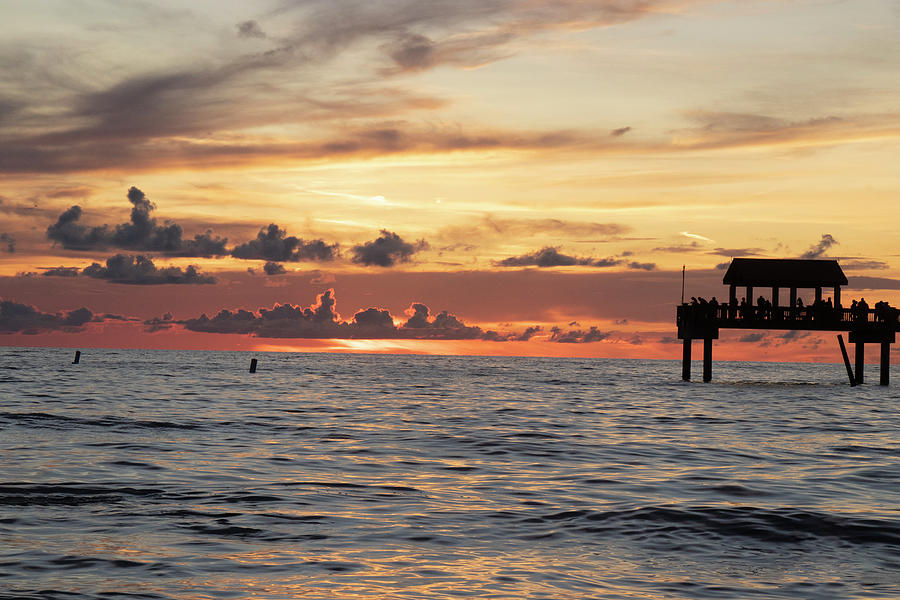 End of a Beautiful Gulf Day by Linda Ritlinger