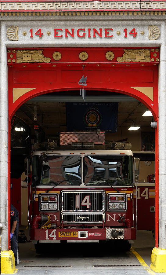 Engine 14 New York by Andrew Fare