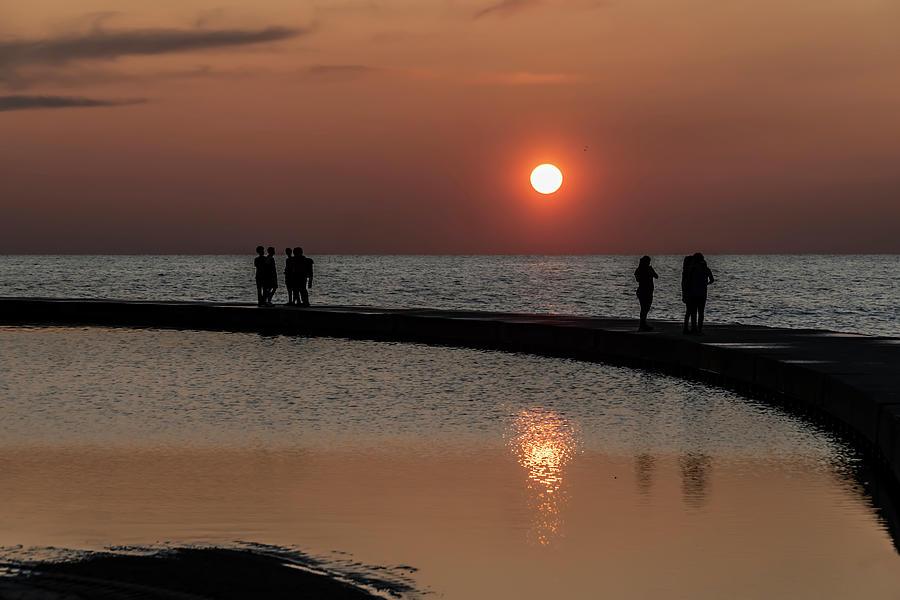 Enjoying the sun rise by Sven Brogren