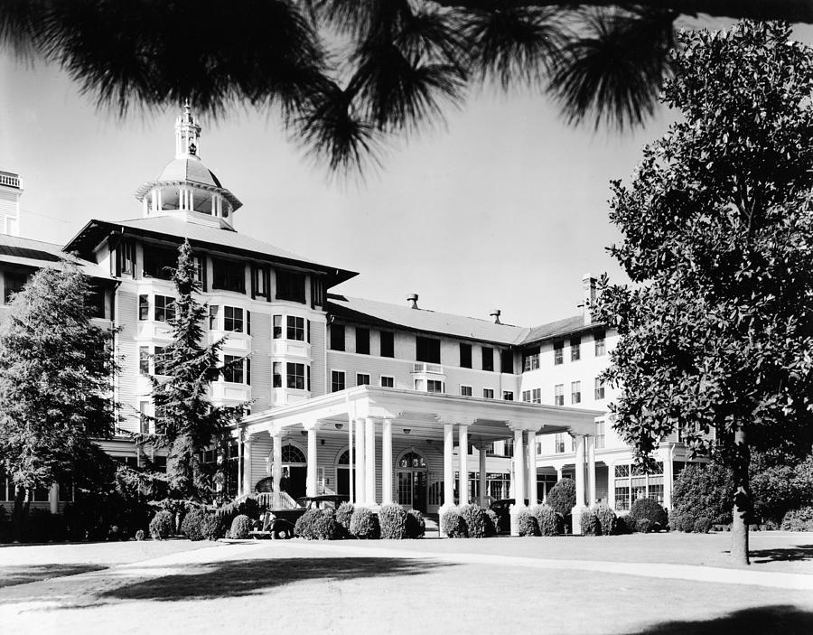 Entrance To Carolina Hotel In Photograph by Bert Morgan