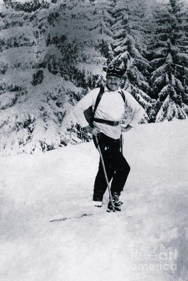 Ernest Hemingway Skiing Photograph by Bettmann