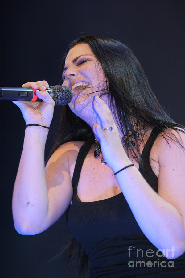 Amy Lee Photograph - Evanescence Singer Amy Lee by Concert Photos