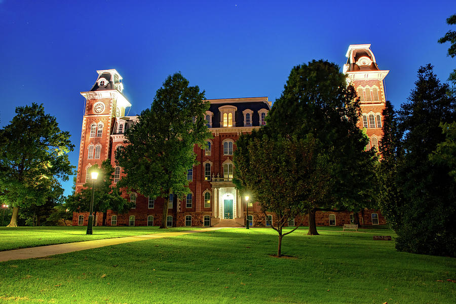 Evening At Old Main - University Of Arkansas Photograph