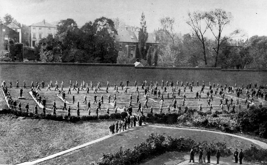 Exercising Prisoners Photograph by Hulton Archive