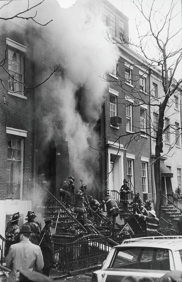 Explosion At Weathermen House, 1970 Photograph by Fred W. McDarrah