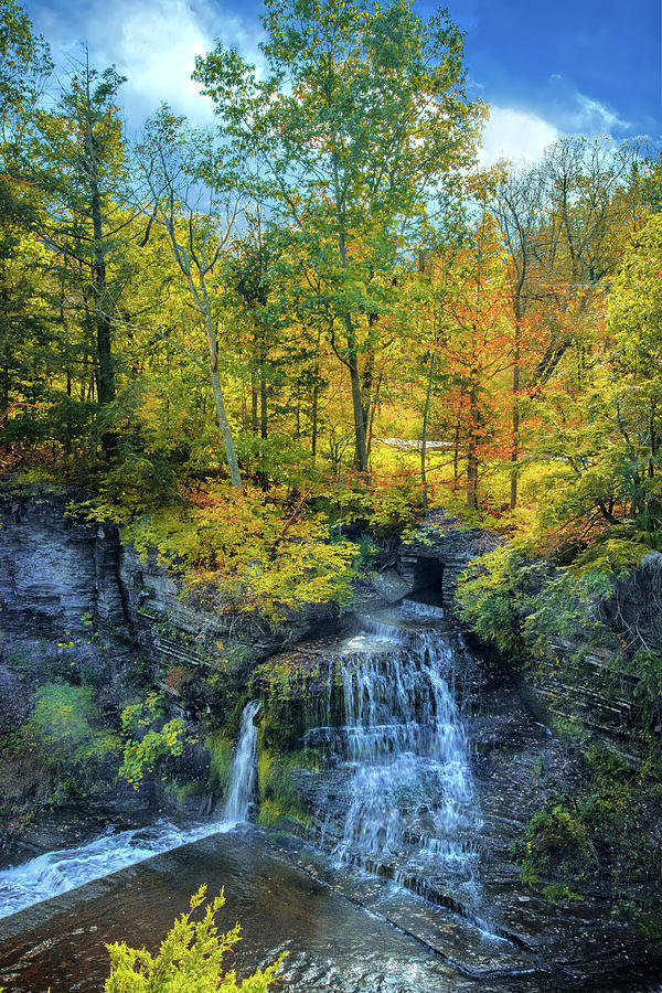 Fall's Splendor at Upper Taughannock Falls by Lynn Bauer