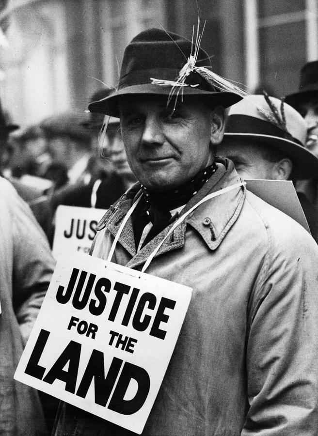 Farmers Protest Photograph by Fox Photos