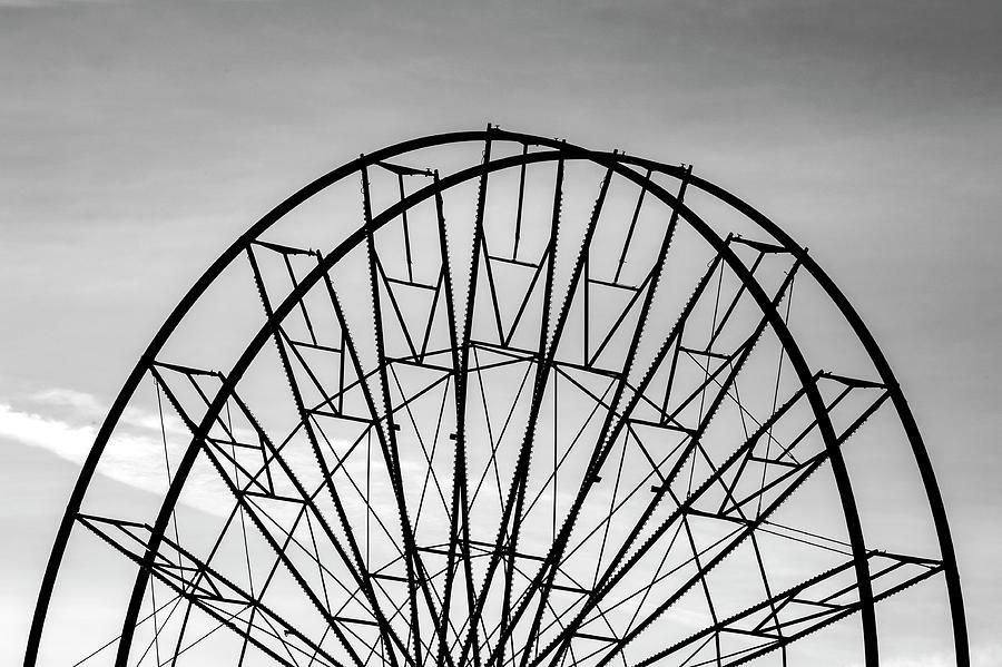 Ferris wheel  by Fabrizio Troiani