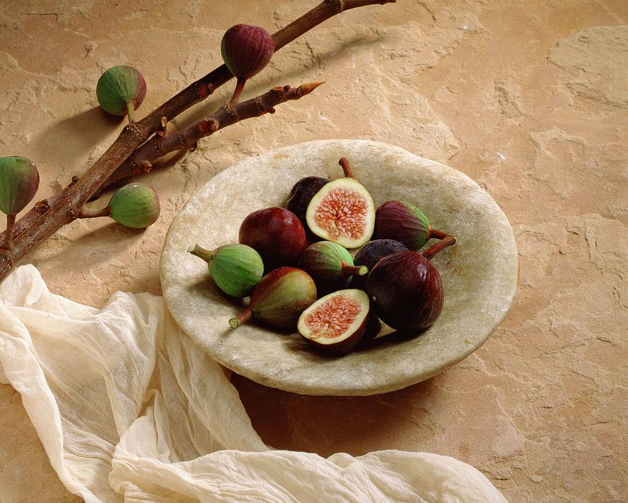 Figs In Bowl Photograph by Jupiterimages