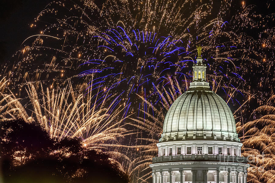 Fireworks at the Capitol by Jackie Johnson