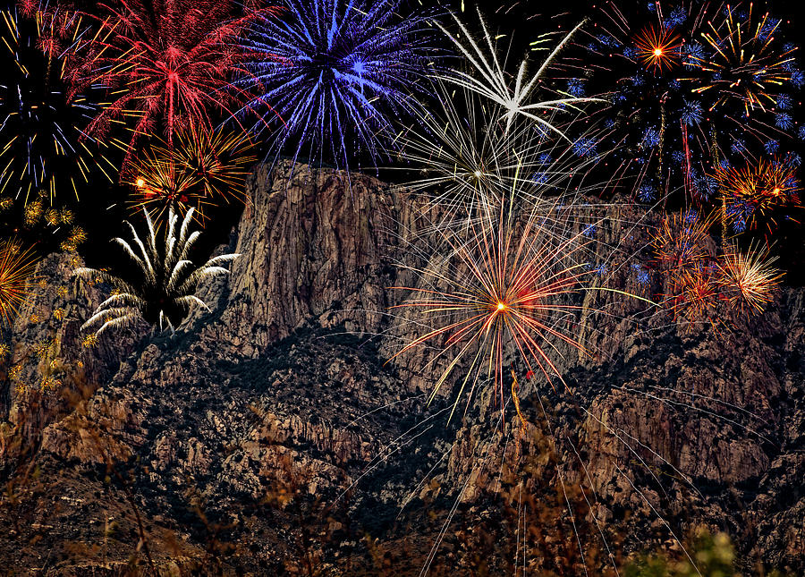 Fireworks Over Table Mountain H1904 Photograph