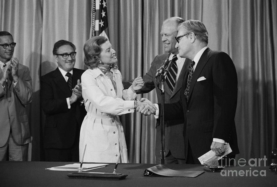 First Lady Betty Ford Greets Nelson Photograph by Bettmann
