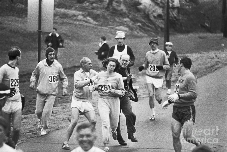 First Women In Boston Marathon Photograph by Bettmann