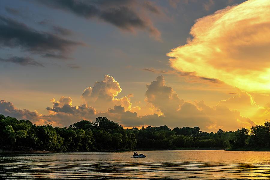 FLoatin' on a Jetski with my baby watchin' the sun go down by Robert FERD Frank