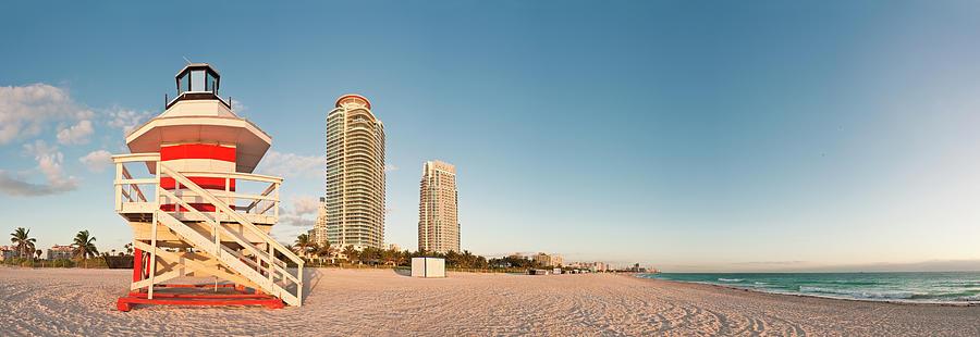 Florida Miami Beach Ocean Daybreak Photograph by Fotovoyager