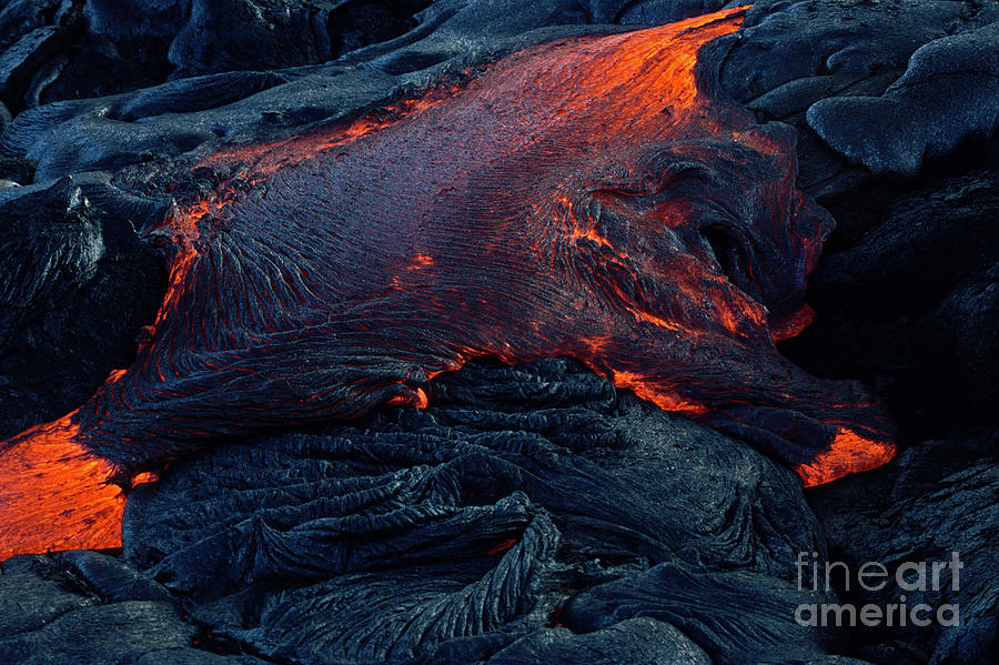 Flowing Lava On Chain Of Craters Road Photograph by Brian Morrison