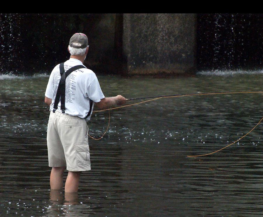 Fly Fishing by Bob Mullins