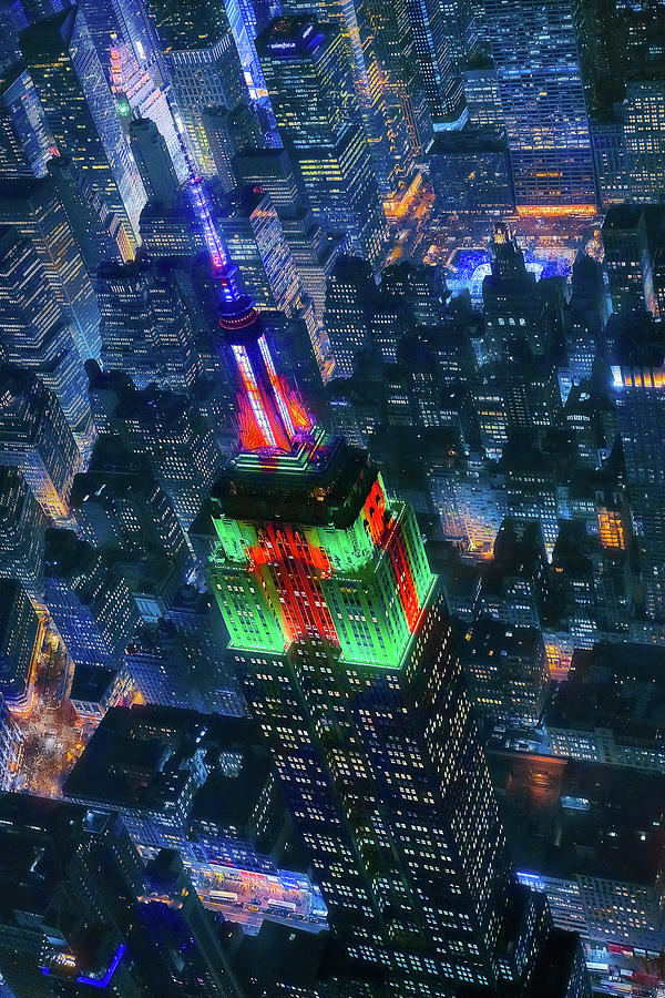 Empire State Building Photograph - Flying Nyc by Javier De La
